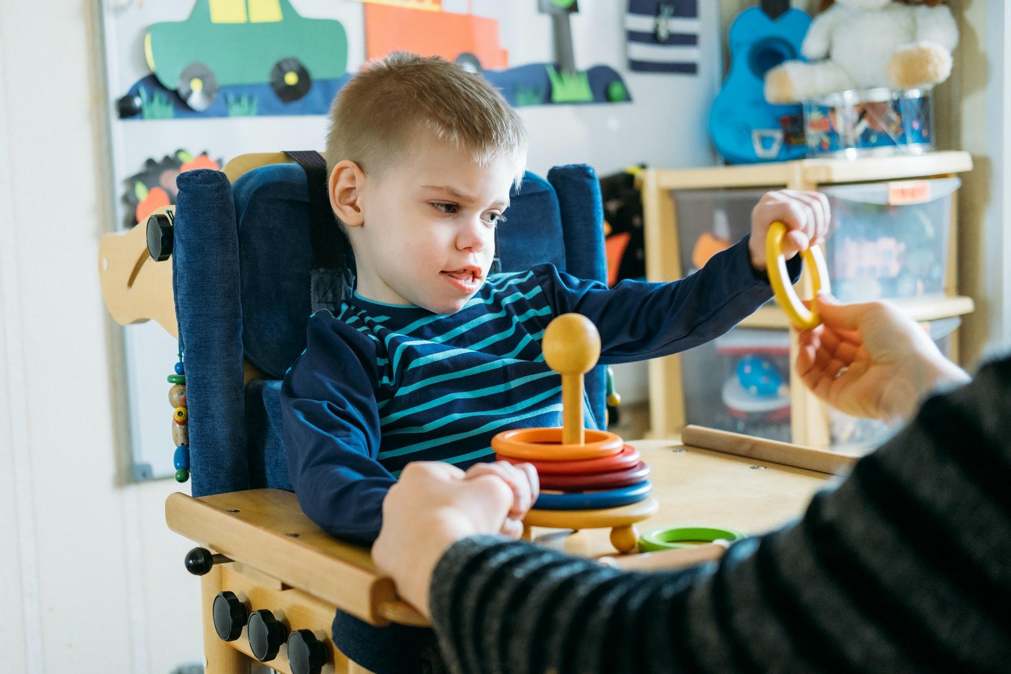 Activities for kids with disabilities. Preschool Activities for Children with Special Needs. Boy